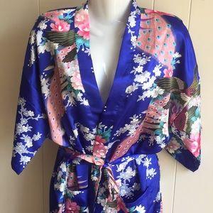Other - Silky Soft Kimono Robe